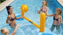 Jeu de volleyball gonflable pour piscine
