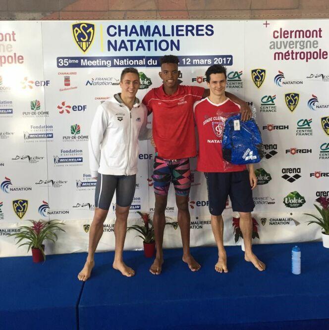 K-Ryls Miatti (au centre), spécialiste du dos, a réussi l'exploit de devancer Jordan Pothain, finaliste olympique,(à sa gauche)sur le 50m dos.