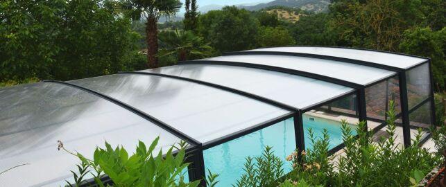Un abri haut ou mi-haut offre une protection thermique maximale.