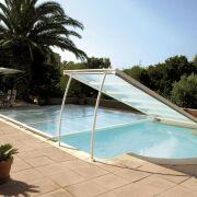 Tuyaux bache thermique piscine sur mesure for Bache a bulle piscine sur mesure