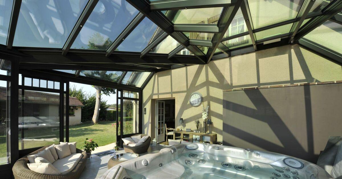 Design abri piscine adosse maison saint denis 39 abri de jardin pvc keter abri voiture en for Abri voiture en dur