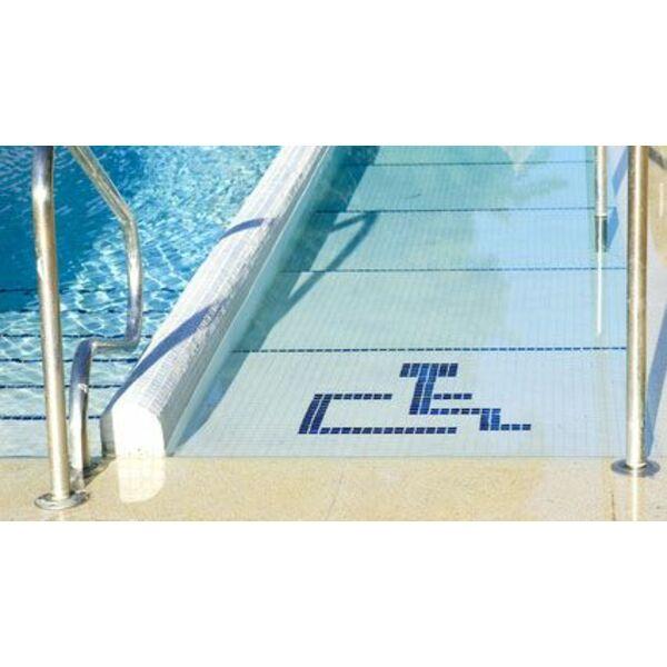L accessibilit d une piscine pour les personnes handicap es for Piscine adaptee handicap