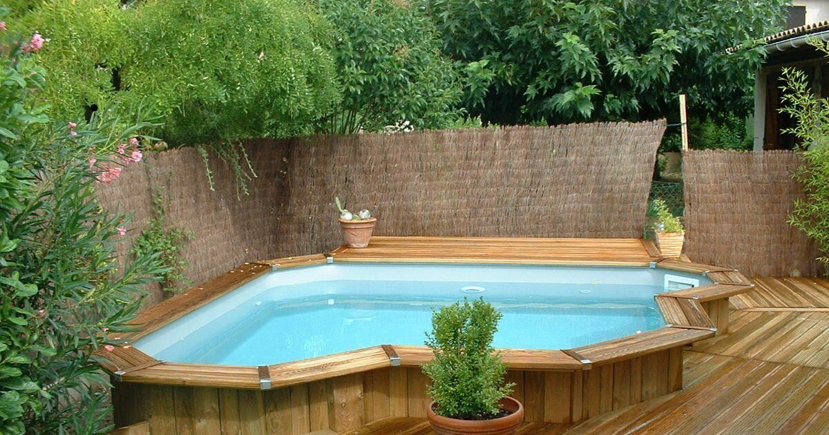 bien pr parer l 39 achat d 39 une piscine en bois se poser les. Black Bedroom Furniture Sets. Home Design Ideas