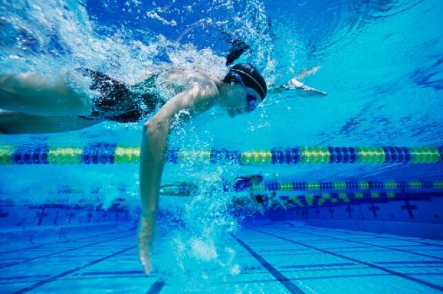 L'alimentation du nageur avant une compétition