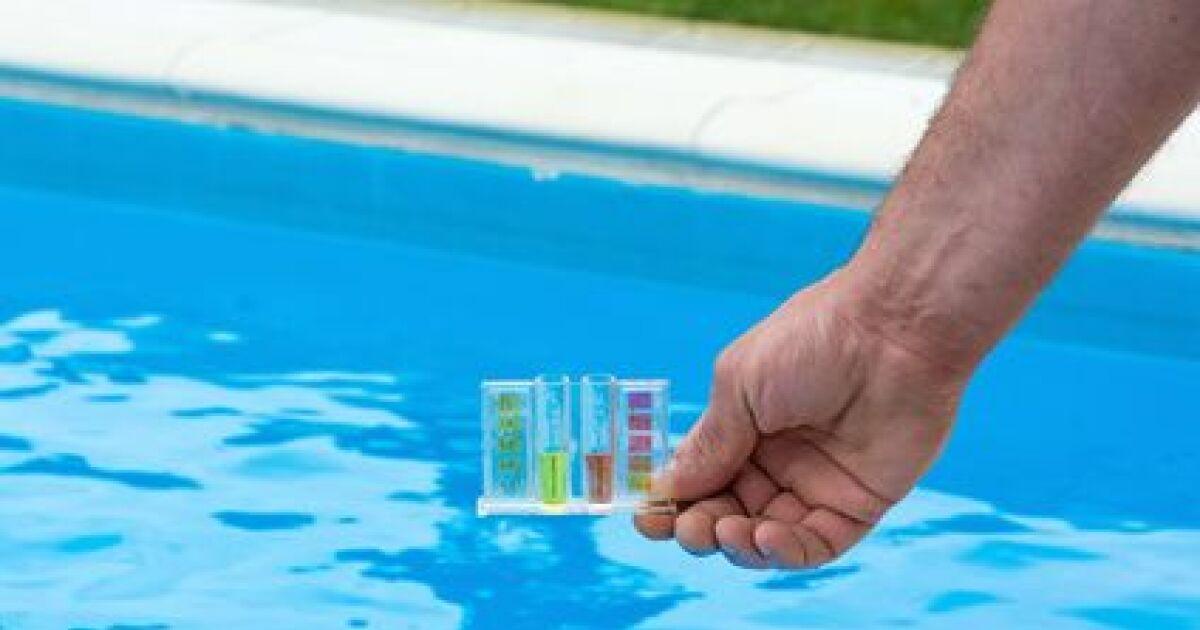 l analyse de l eau d une piscine au chlore. Black Bedroom Furniture Sets. Home Design Ideas