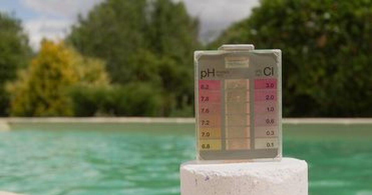 dossier l analyse de l eau de la piscine outils de mesure et tests chimiques. Black Bedroom Furniture Sets. Home Design Ideas