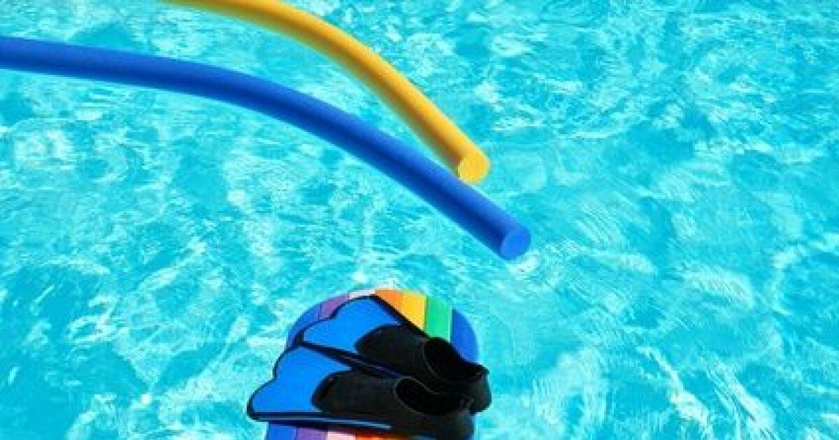 L aquagym pour enfants for Accessoire piscine sollies pont