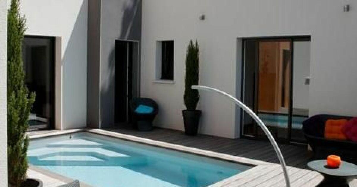 L arc de nage la solution pour nager dans une petite piscine - Nager dans la piscine ...