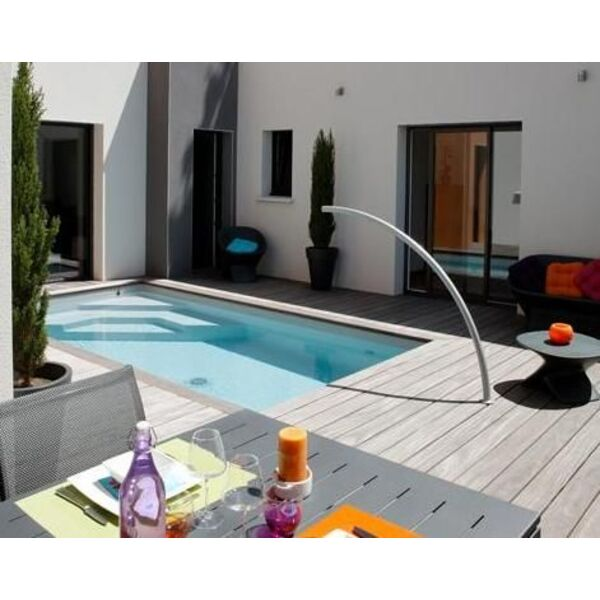 L arc de nage la solution pour nager dans une petite piscine for Piscine pour nager