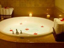 L'aromathérapie dans votre baignoire balnéo : multiplier les bienfaits de votre bain à bulles