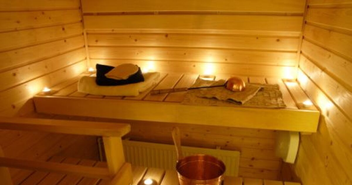 l clairage d un sauna. Black Bedroom Furniture Sets. Home Design Ideas