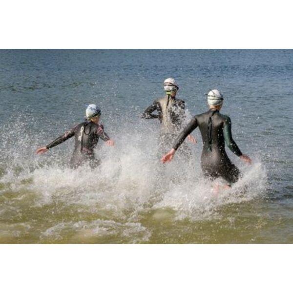 super service divers design ramassé L'équipement essentiel pour la nage en eau libre