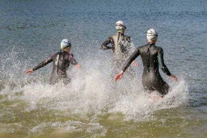 """L'équipement essentiel pour la nage en eau libre<span class=""""normal italic petit"""">© Fotolia_83860821_XS</span>"""