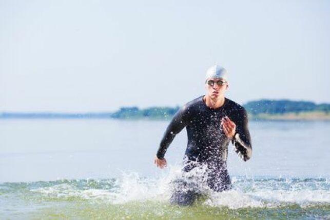 L'équipement pour la nage en eau libre