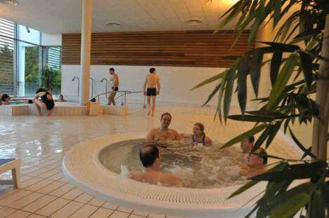 "L'espace bien-être de la piscine Alméo à Moreuil<span class=""normal italic"">© Centre aquatique Alméo à Moreuil</span>"