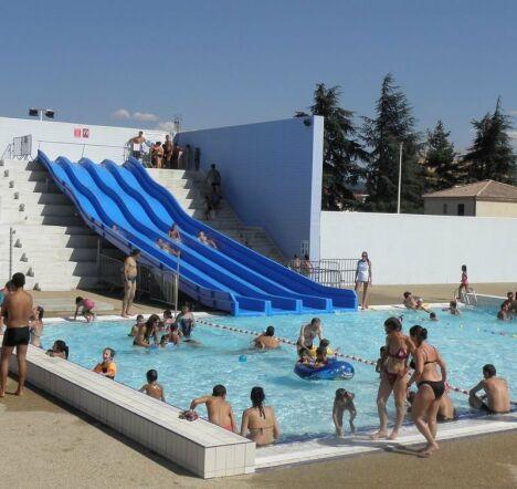 """L'espace découvert de la piscine Aloha à Montélimar<span class=""""normal italic petit"""">DR</span>"""