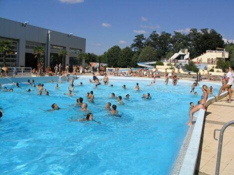 Stade nautique piscine pessac horaires tarifs et - Piscine stade nautique caen ...