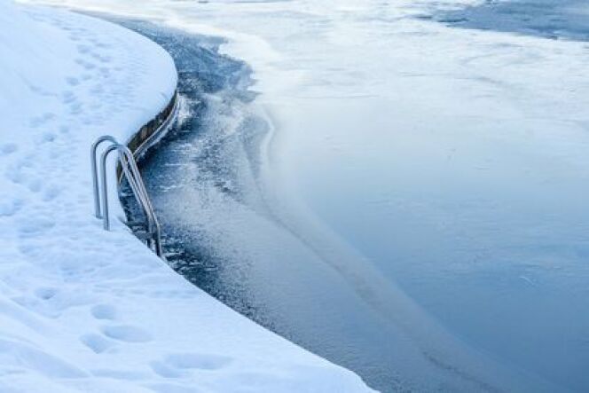 """L'hivernage d'une piscine au sel<span class=""""normal italic petit"""">© Fotolia</span>"""
