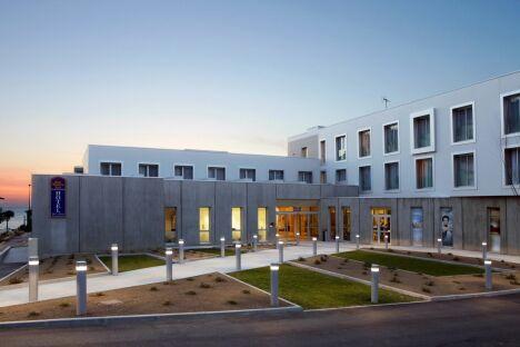 """L'hôtel de la thalasso Previthal à Donville-les-Bains<span class=""""normal italic petit"""">DR</span>"""