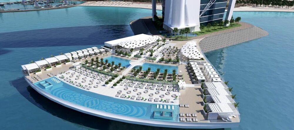 L'hôtel dispose également d'une immense terrasse avec deux piscines à débordement© Hôtel Burj-al-Arab