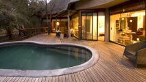 L'installation d'une piscine coque en vidéo, avec Alliance Piscines