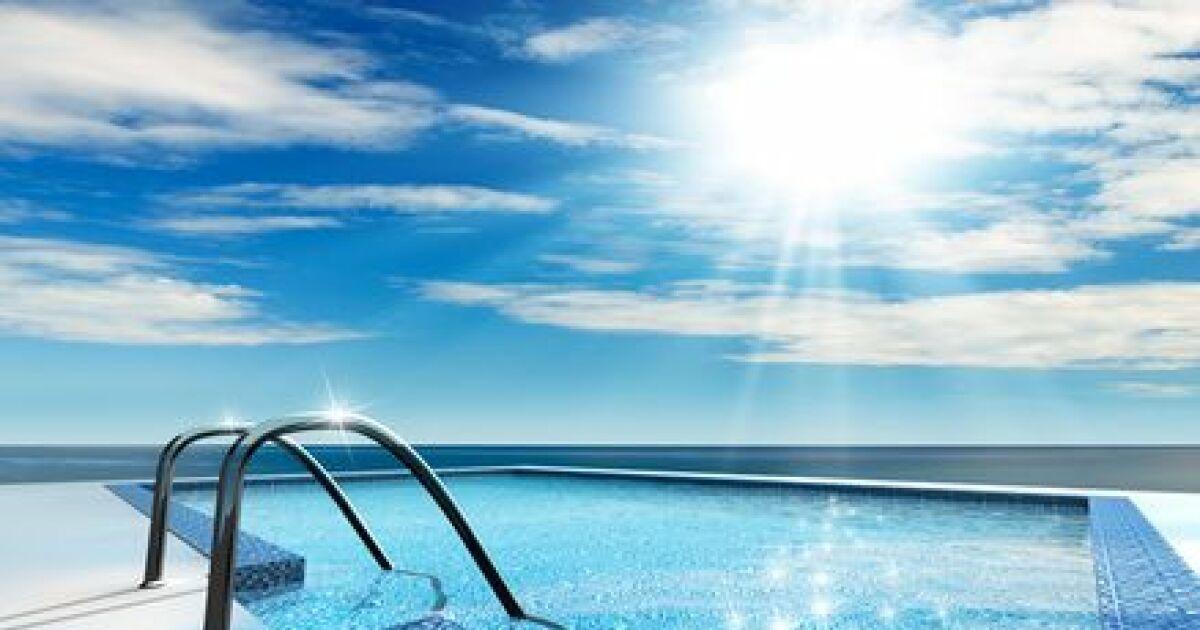 l ioniseur solaire pour le traitement de l 39 eau d 39 une piscine. Black Bedroom Furniture Sets. Home Design Ideas