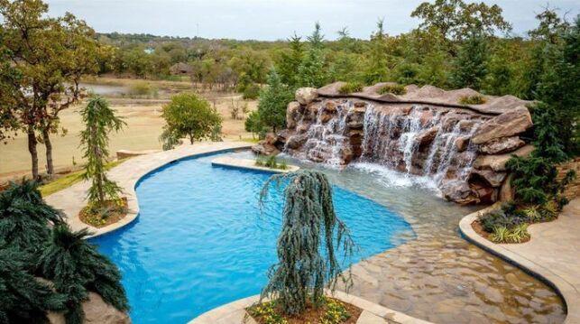L'une des piscines construites par les Rois de la Piscine