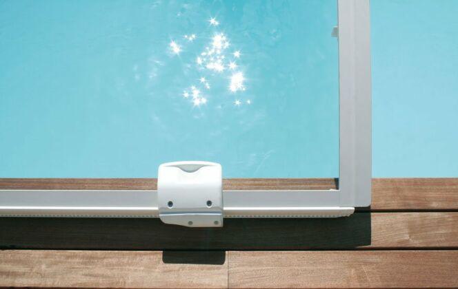 L'abri de piscine design © Abrisud