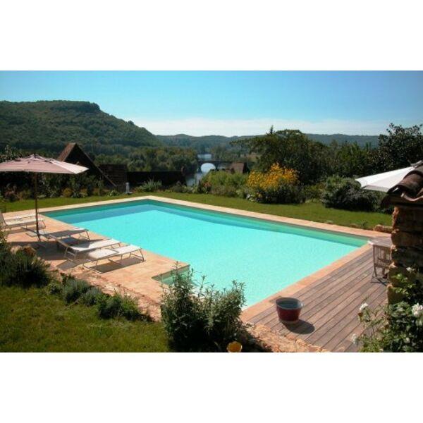 R ussir l implantation de sa piscine l environnement for Allergie au chlore de la piscine