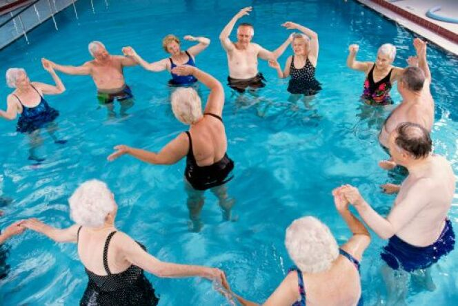 "La Biodanza aquatique  <span class=""normal italic petit"">© Purestock - Thinkstock</span>"