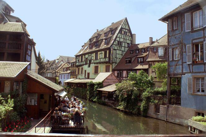 La célèbre Petite Venise de Colmar, lieu incontournable pour son charme typiquement alsacien.