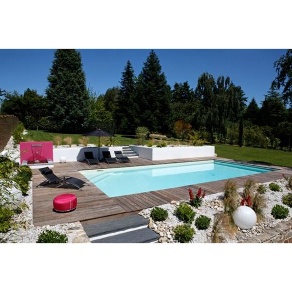La check list pour l entretien d une piscine en t for Algue rouge piscine