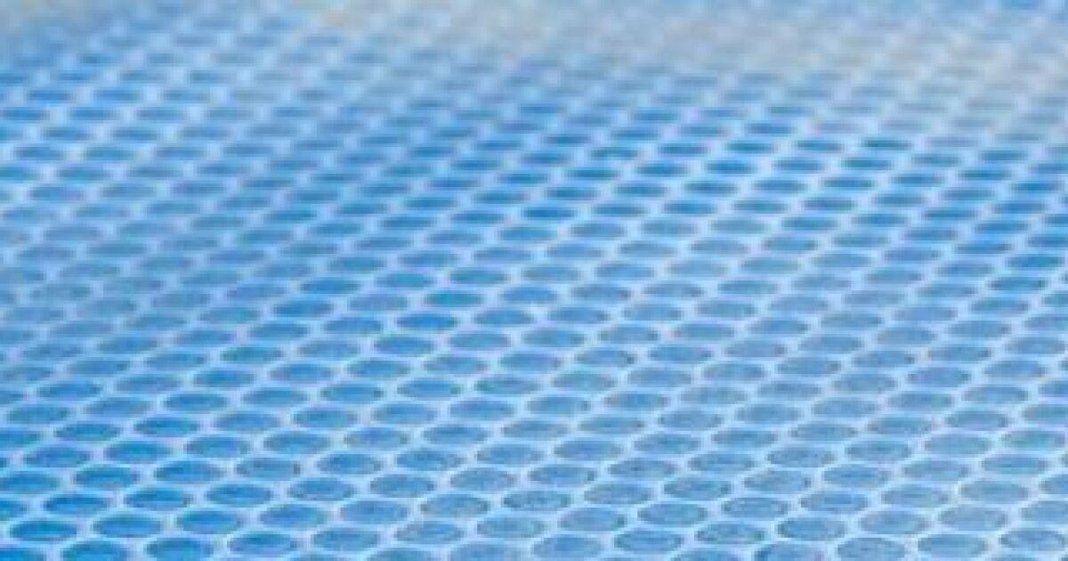 La couverture de piscine bulles prot ger et r chauffer for Bache a bulles piscine