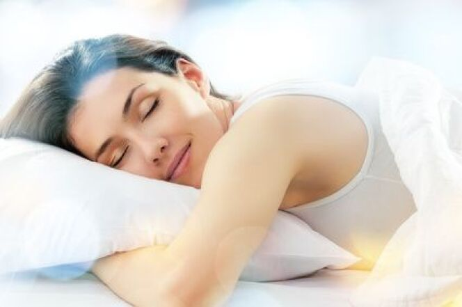 """La cure thermale agit sur les causes de l'insomnie pour retrouver un sommeil profond et réparateur.<span class=""""normal italic petit"""">© Konstantin Yuganov - Fotolia.com</span>"""