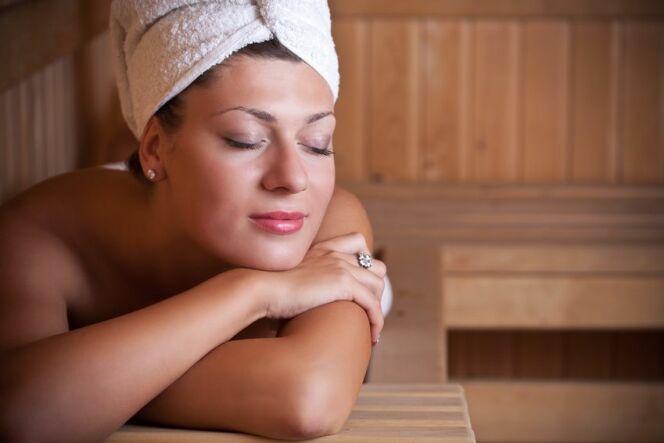 """La durée d'une séance de sauna<span class=""""normal italic petit"""">DR</span>"""