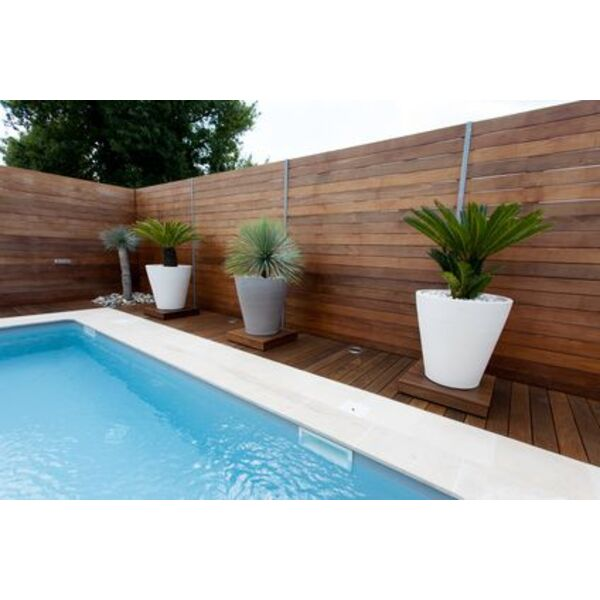 Piscine en kit duree de vie for Fournisseur liner piscine