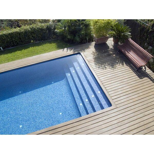 vid o d couvrez la fabrication d une piscine coque. Black Bedroom Furniture Sets. Home Design Ideas
