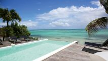 Prendre soin de votre piscine au sel avec Bayrol