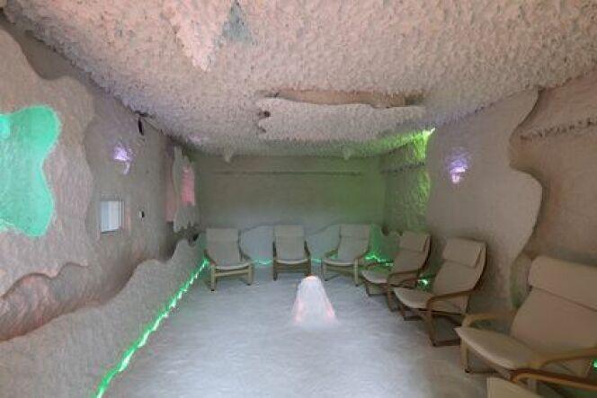 """La halothérapie : se ressourcer dans une grotte de sel<span class=""""normal italic petit"""">© ID 1974 - Fotolia.com</span>"""