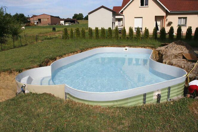 monter soi m me sa piscine en kit waterair. Black Bedroom Furniture Sets. Home Design Ideas