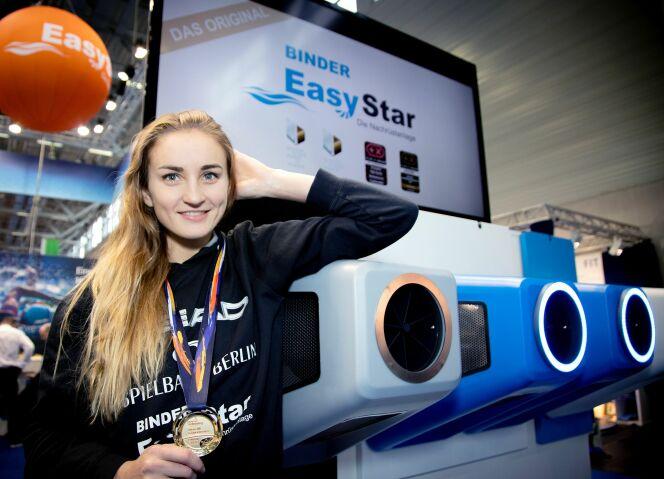 La nageuse Elena Krawzow a démontré la puissance et facilité d'utilisation d'HydroStar lors de l'Aquanale 2019.