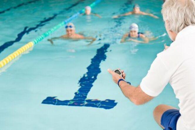 """La natation au lycée<span class=""""normal italic petit"""">© CandyBox Images - Fotolia.com</span>"""