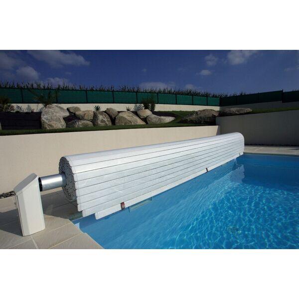 Normes sur les volets de piscine norme nf p90 308 for Norme securite piscine