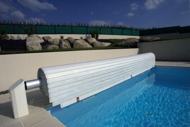 """La norme NF P90-308 pour les volets de piscine<span class=""""normal italic petit"""">© L'esprit piscine</span>"""