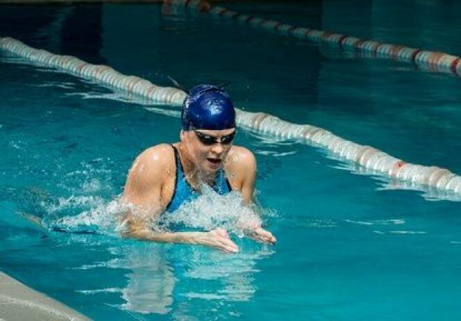 "La notion de flottaison en piscine<span class=""normal italic petit"">© Fotolia</span>"