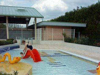 La pataugeoire de la piscine à Montcornet Chaourse