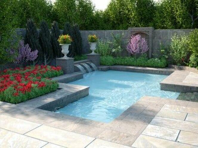 """La peinture pour la piscine béton permet de redonner un coup de neuf à votre piscine.<span class=""""normal italic petit"""">© Andreas Mueller - Fotolia.com</span>"""