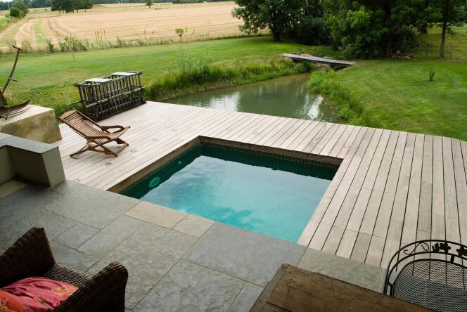 Photos de mini piscines et piscines de petite taille pour for Petite coque piscine
