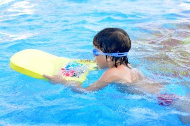 La piscine à l'école maternelle
