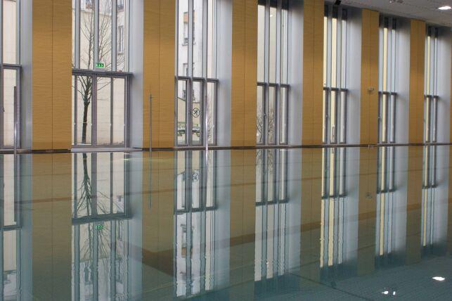 La piscine Alfred Nakache à Paris (20e)
